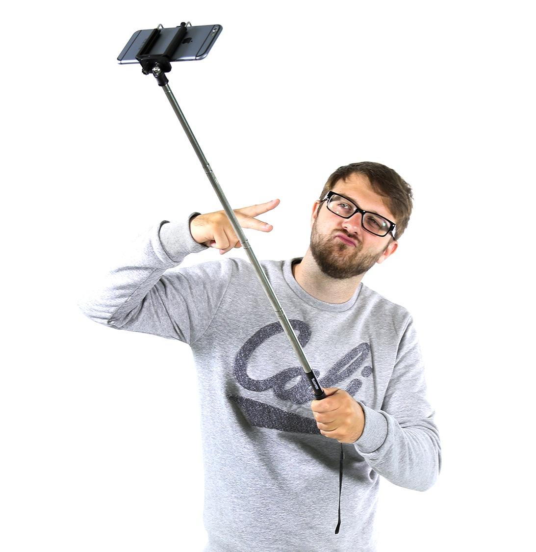 Der SelfieBOSS ist zuständig für die besten Selbstporträts der Welt!