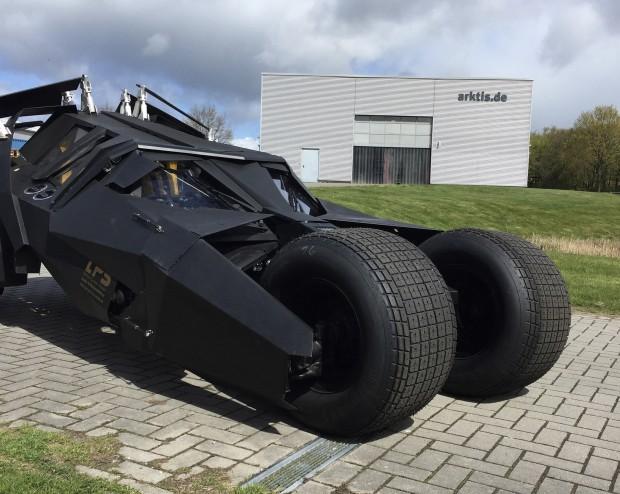 "Das Batmobil für unsren Dreh ""Bat Tobi"""