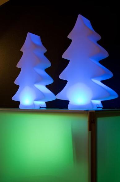 Der neue Lumenio LED micro leuchtet in 15 Farben