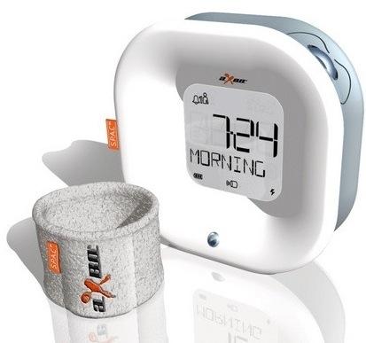 Der aXbo Schlafphasenwecker inkl. Sensor-Armband