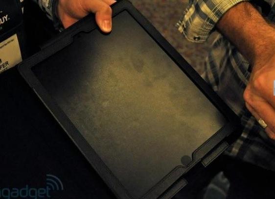 Und noch eine iPad 2 Hülle, gefunden auf der CES 2011