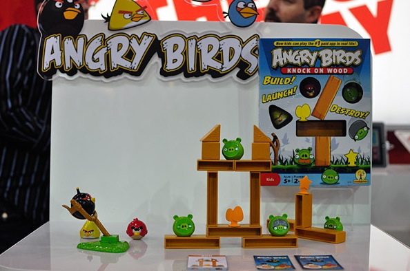 Mattel Angry Birds Knock On Wood