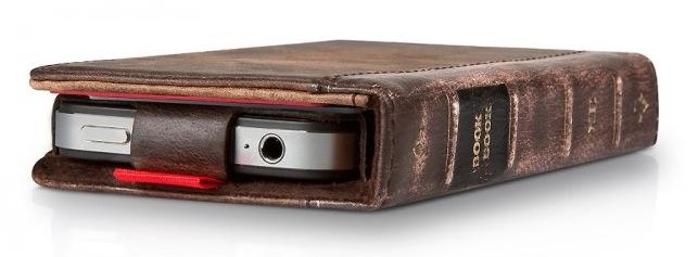 twelvesouth bookbook iphone 4 eine h lle wie ein altes buch blog. Black Bedroom Furniture Sets. Home Design Ideas