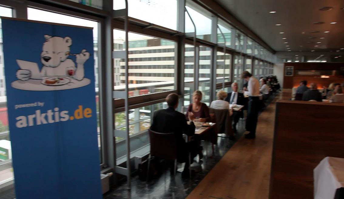 Das iPad Restaurant vor Halle 3.1 im Foyer