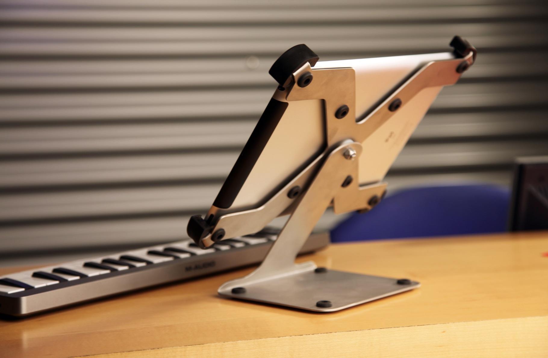 Im Dialog mit unseren Kunden entwickelt, der drehbare Sir James tabledance