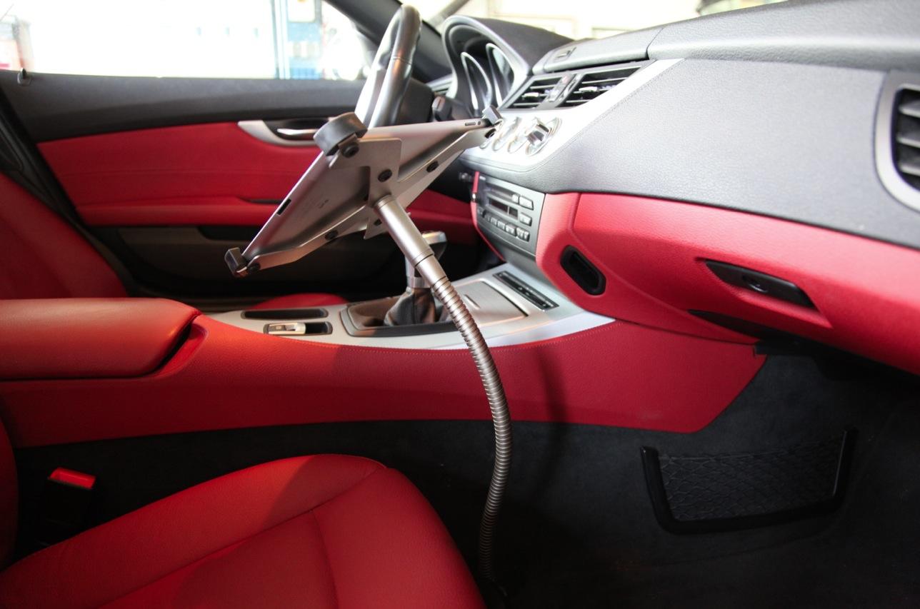 Arktis Sir James car iPad Autohalterung