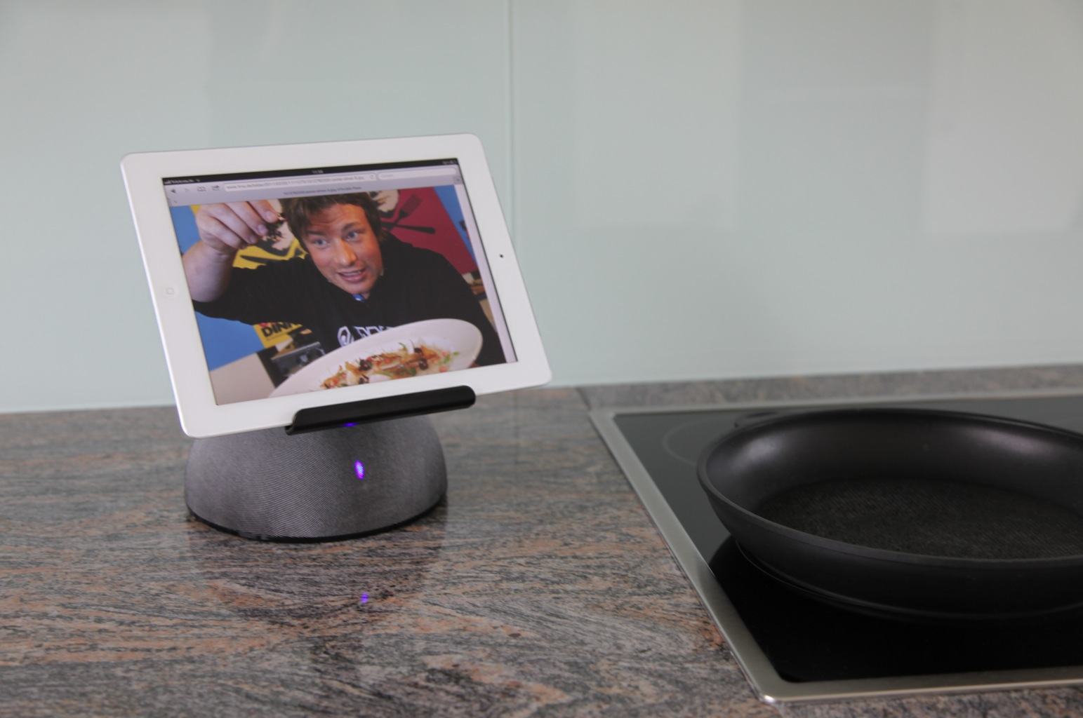 mcmount sound table stand der universelle ipad halter blog. Black Bedroom Furniture Sets. Home Design Ideas