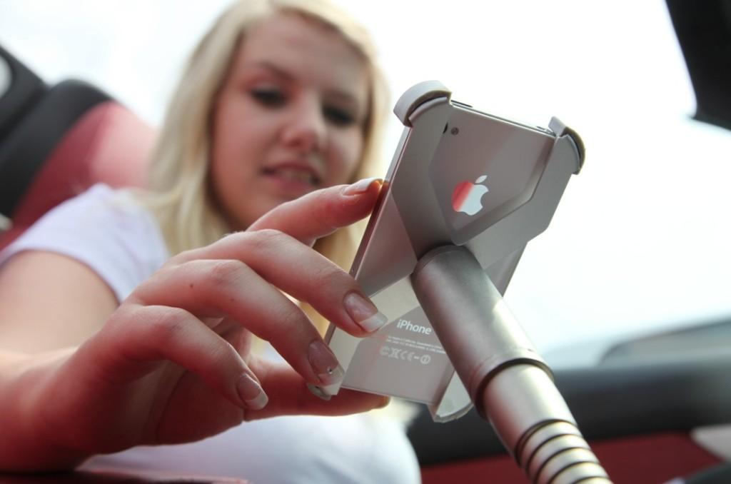 Sir James car iPhone Edelstahl-Schwanenhals Halterung für´s Auto