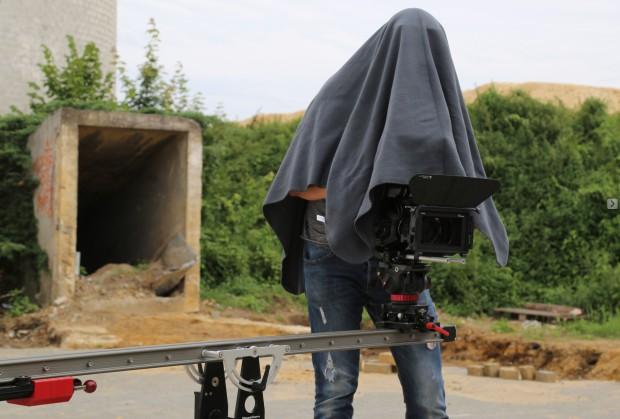 Unkonventionelle Problemlösung am Filmset ;-)