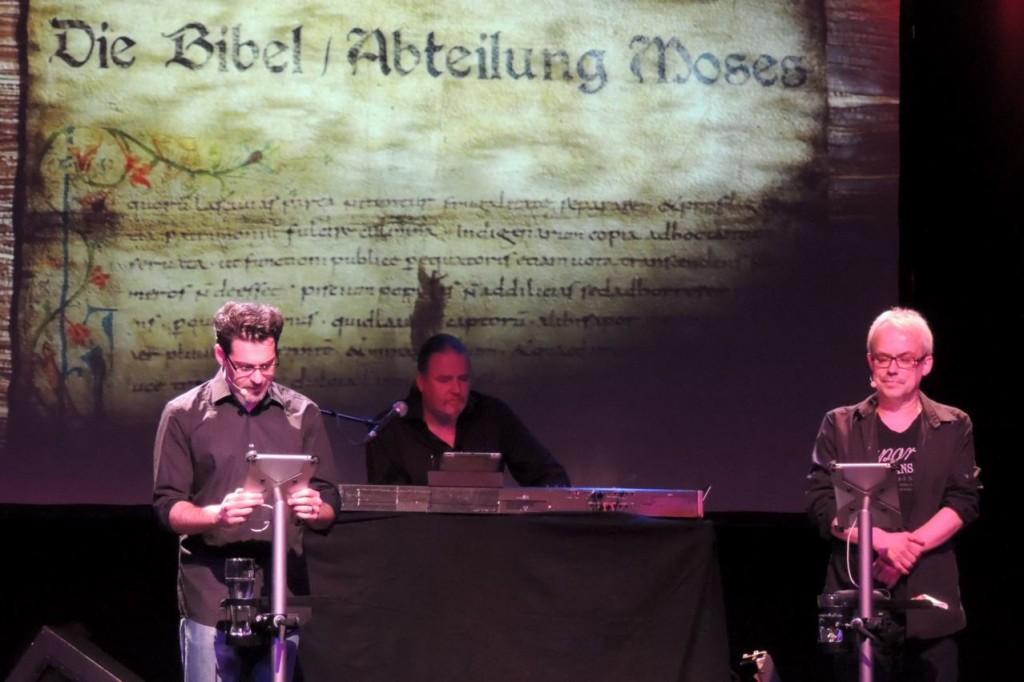 Die Dollbohrer auf Tour mit Sir James iPad Ständern von arktis.de