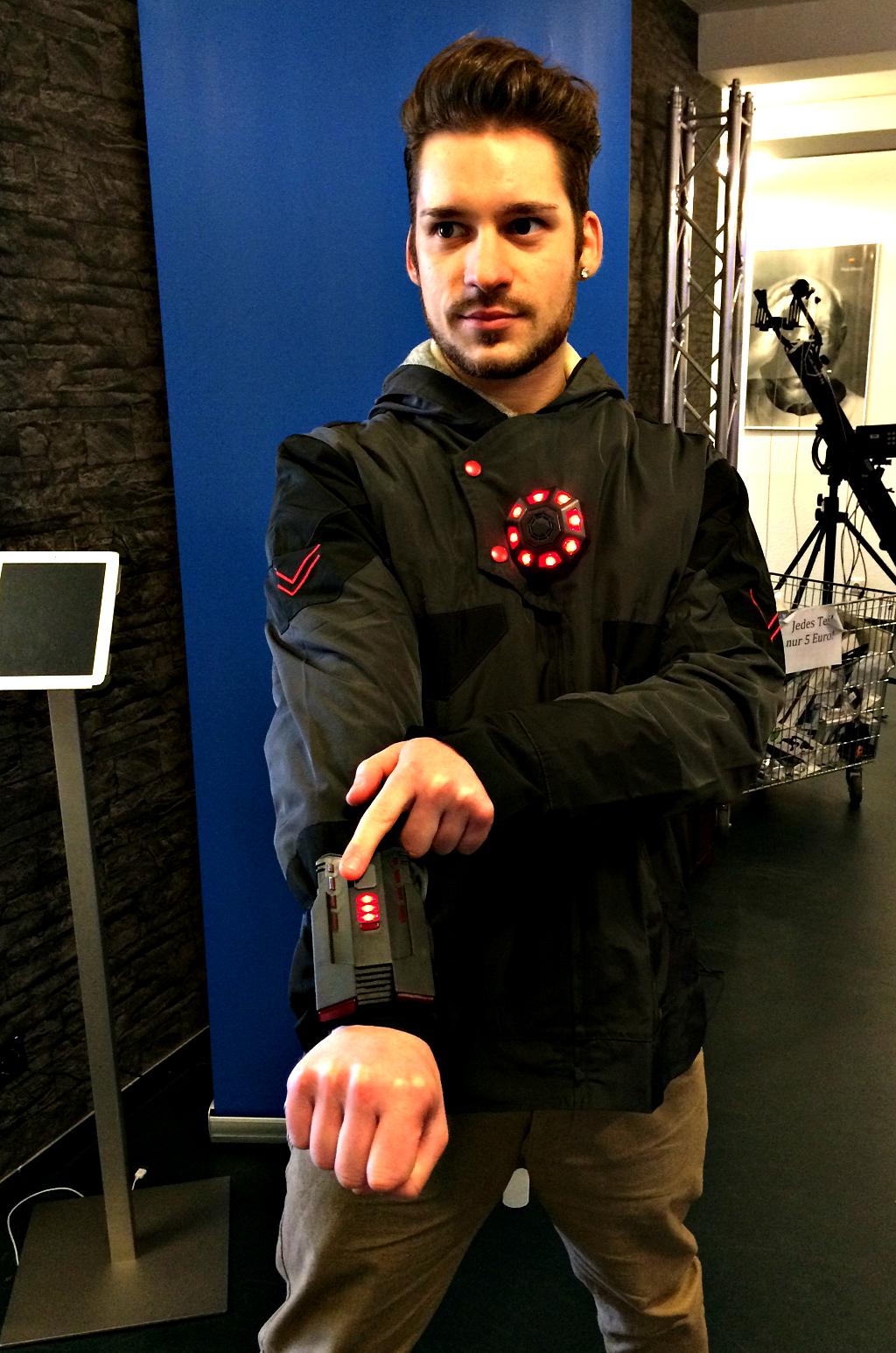 Ironman? Predator? Nein, nur Jens Dean mit der neuen LaserTech Ausrüstung!