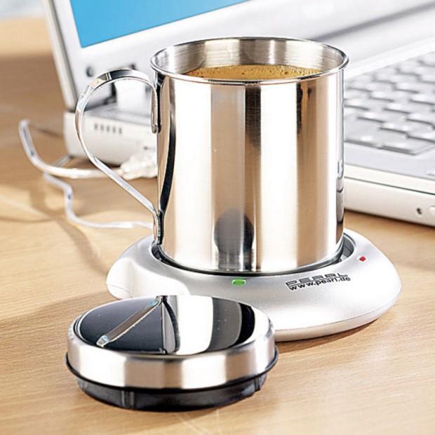 Der USB-Tassenwärmer sorgt dafür, dass euer Heißgetränk seine Temperatur hält!