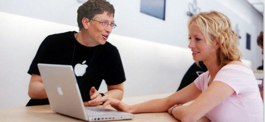 Bill Gates an der Apple Genius Bar (Bild: 9gag.com)