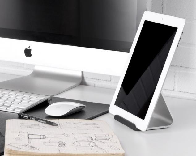 Passt perfekt zum Mac, der Bluelounge Mika iPad Aluständer