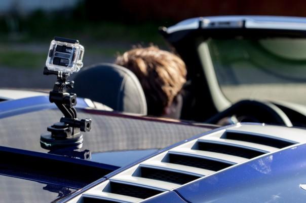 Actioncam GoPro Hero 3 auf dem Audi R8 V10 Spyder montiert