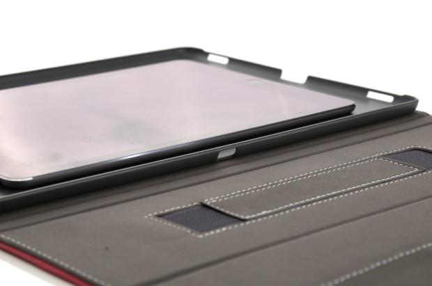 iPad Pro Schutzhülle mit seitlicher Aussparung