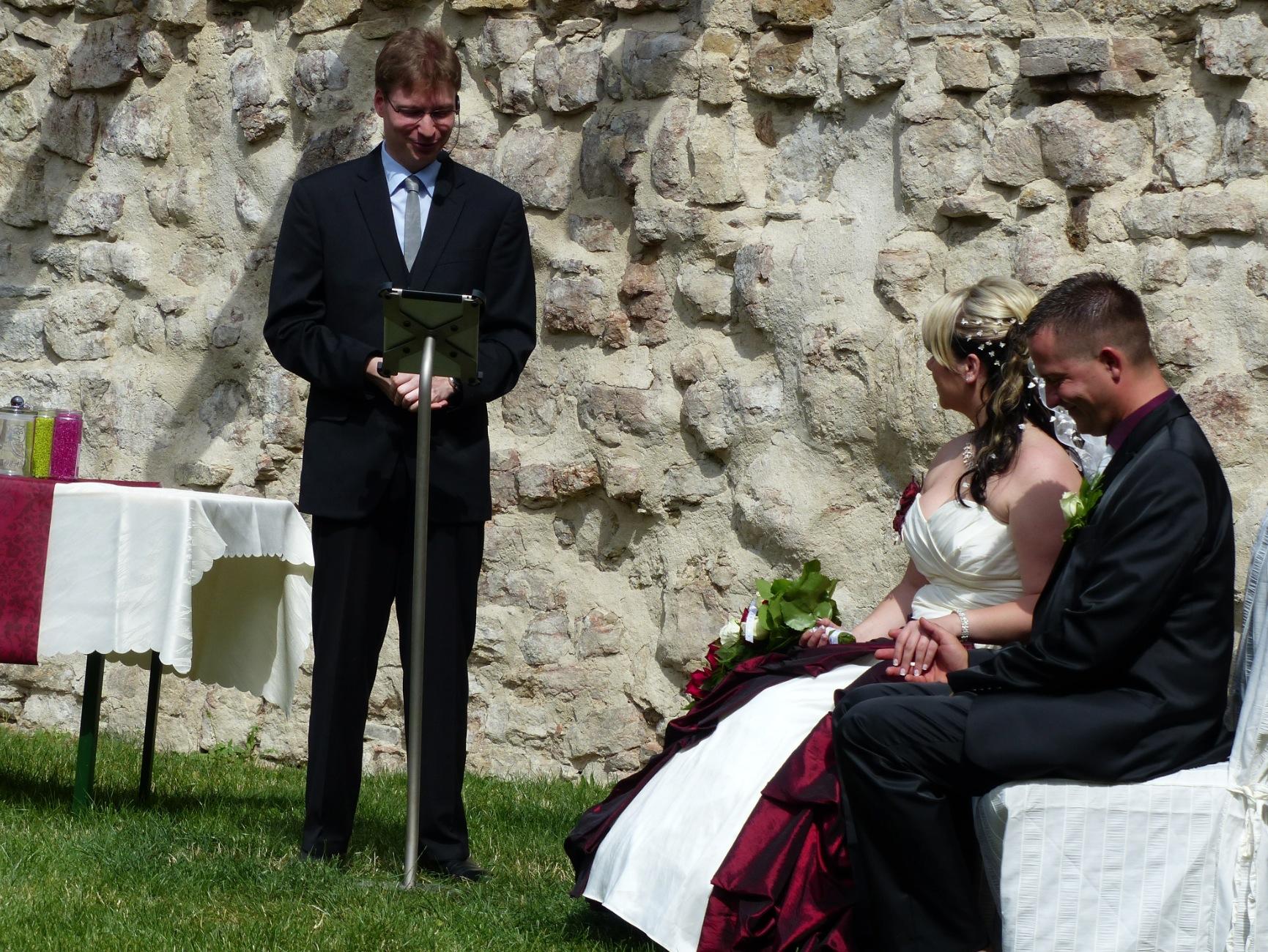 Hochzeit mit iPad und iPad Bodenständer