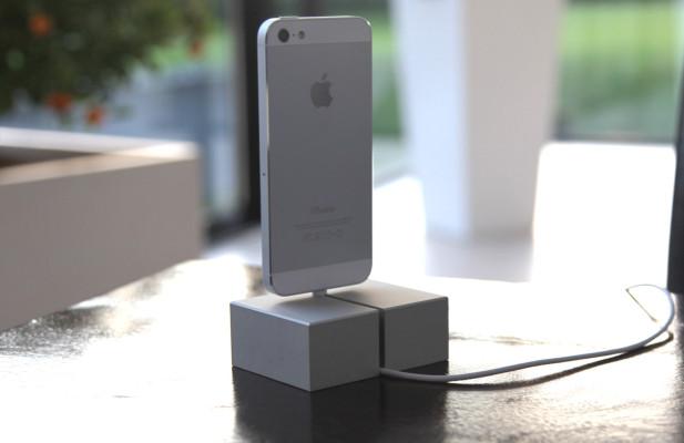 Puristisches iPhone 5 Dock aus einem Block Aluminium gefräst