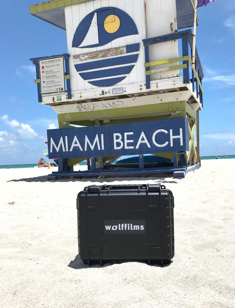 Der Wolffilms Koffer am Miami Beach